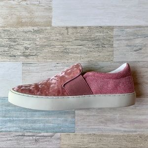 Marc Fisher 🎀 CALIE Slip On Sneaker Pink Velvet